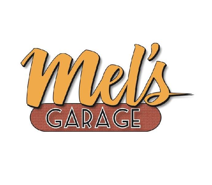 Kvällsresa till Mel`s Garage